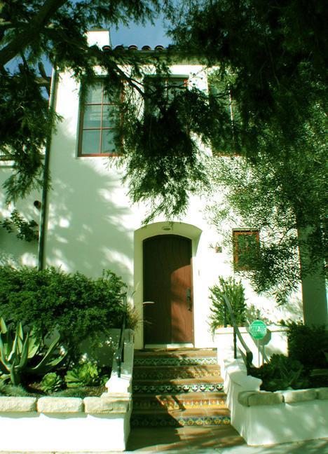 218 Yanonali St, Santa Barbara, CA  (MLS #RN-14843) :: The Zia Group