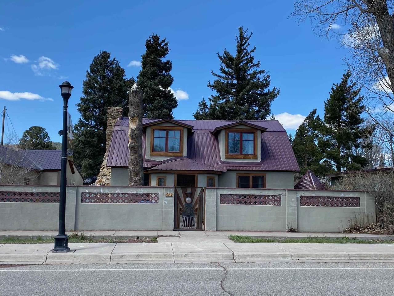 257 Terrace Ave - Photo 1