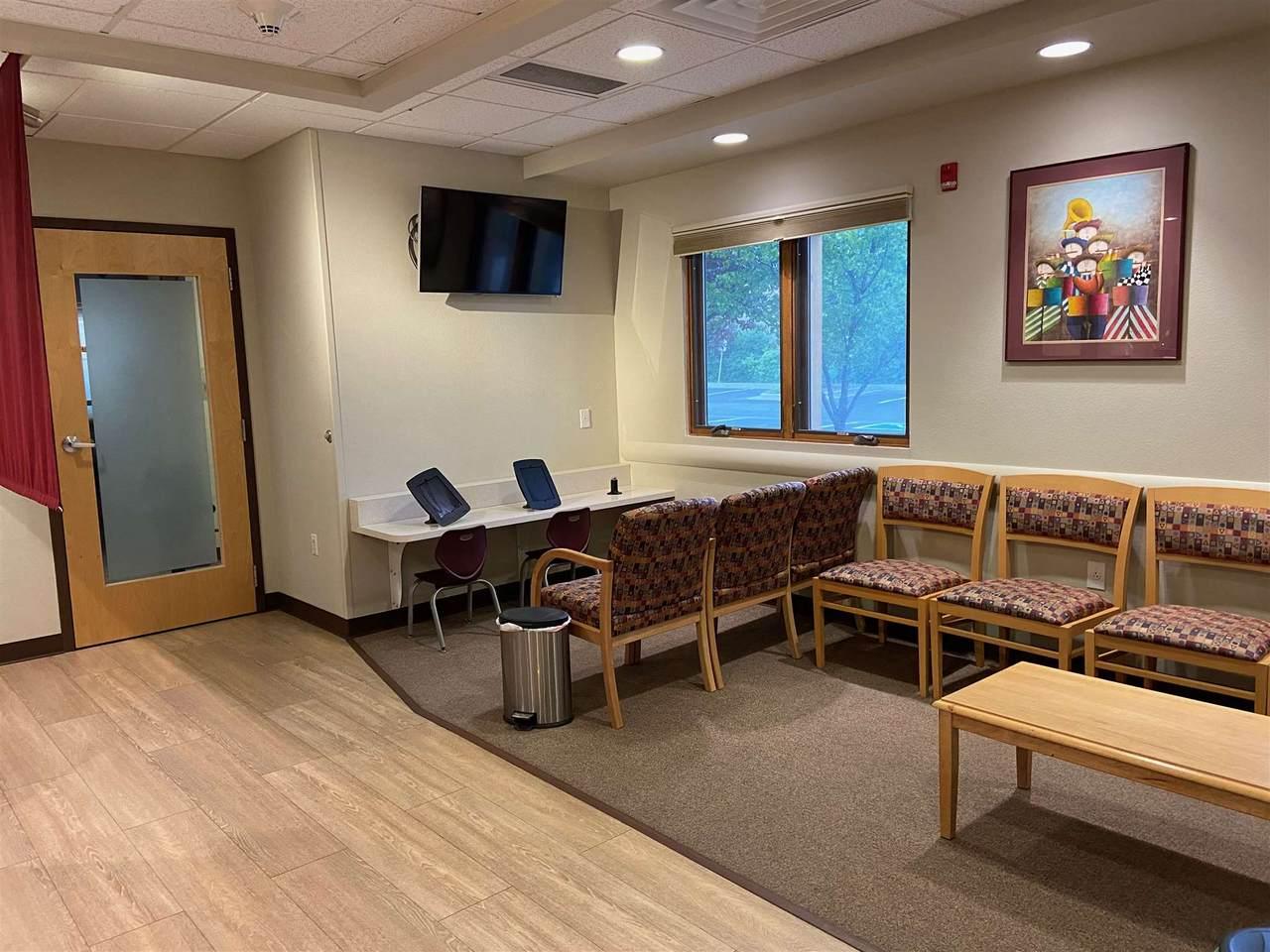 1692 Hospital Drive - Photo 1
