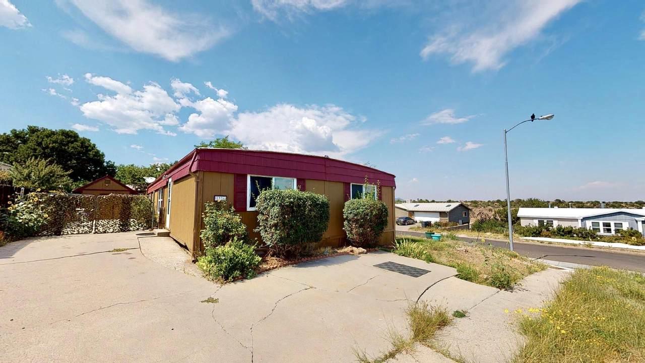 1276 Cheyenne St - Photo 1