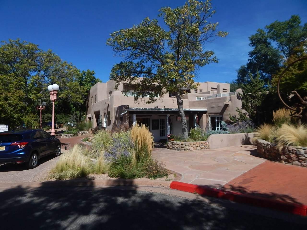 225 Canyon Rd - Photo 1
