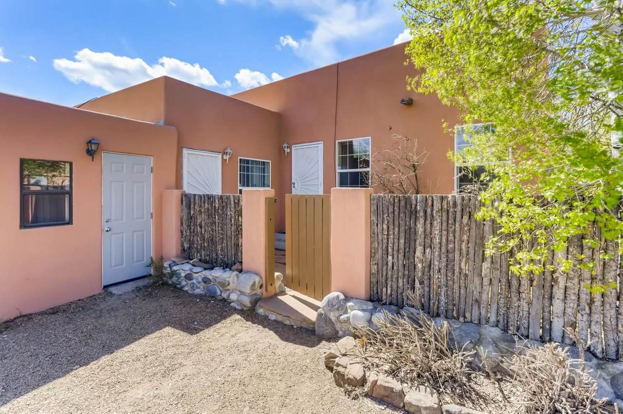 1108 Camino Sierra Vista - Photo 1
