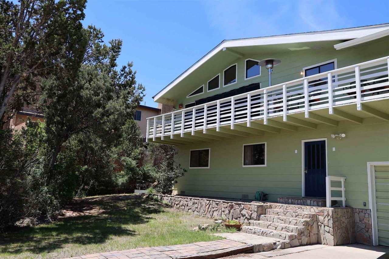 110 Sierra Vista Dr - Photo 1