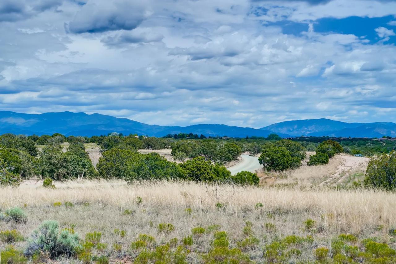 24 Chisholm Trail - Photo 1