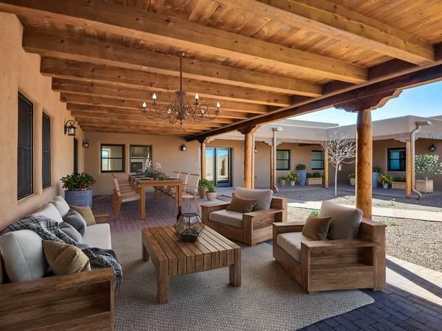 65 Mejor Lado, Santa Fe, NM 87508 (MLS #201904776) :: Summit Group Real Estate Professionals