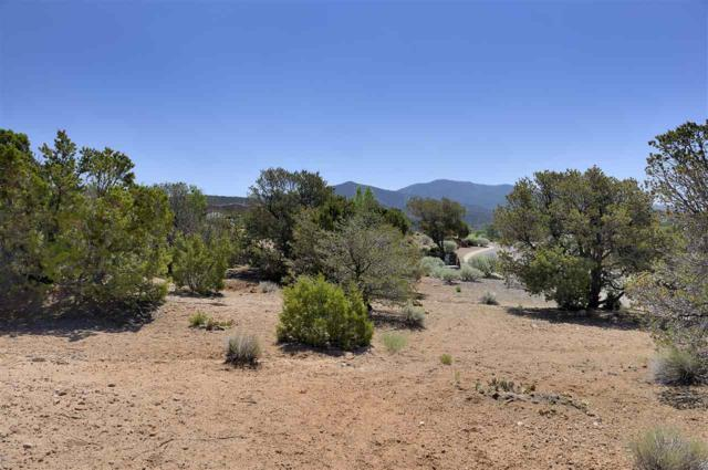 837 Vista Catedral, Lot 100, Santa Fe, NM 87501 (MLS #201703057) :: The Desmond Group