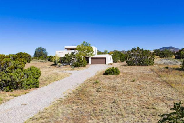 75 Verano Loop, Santa Fe, NM 87508 (MLS #201704904) :: Deborah Cox & Associates