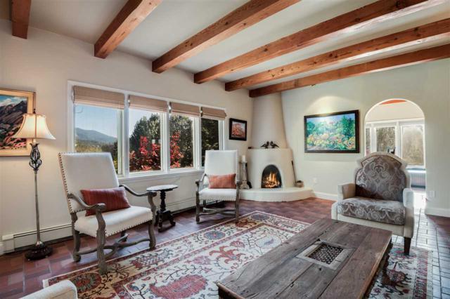 976 Indian Ridge, Santa Fe, NM 87501 (MLS #201705371) :: Deborah Cox & Associates