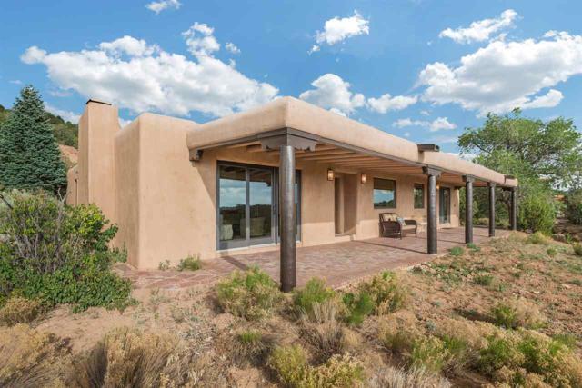 823 Gonzales, Santa Fe, NM 87501 (MLS #201705375) :: Deborah Cox & Associates