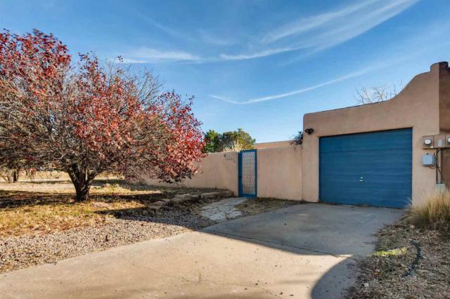 2029 Placita De Vida, Santa Fe, NM 87505 (MLS #201705393) :: Deborah Cox & Associates