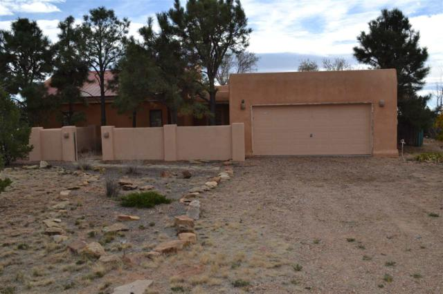 19 Aventura Rd, Santa Fe, NM 87508 (MLS #201705453) :: DeVito & Desmond