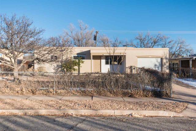 843 Rio Vista, Santa Fe, NM 87501 (MLS #201705622) :: DeVito & Desmond