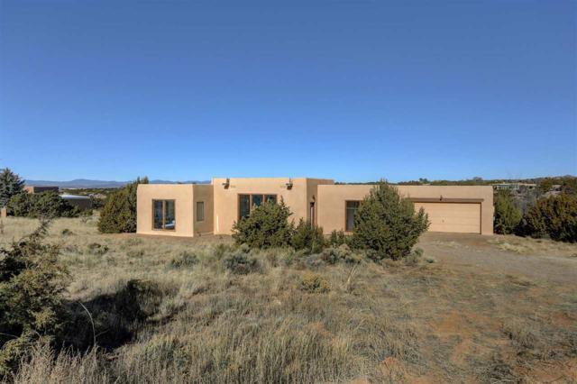 4 Baya Court, Santa Fe, NM 87505 (MLS #201705646) :: DeVito & Desmond