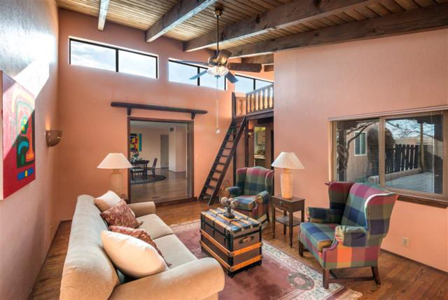 2027 Calle Perdiz, Santa Fe, NM 87505 (MLS #201705674) :: DeVito & Desmond