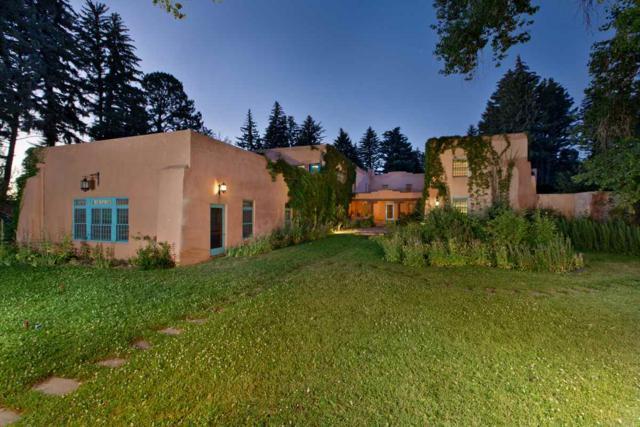 El Rancho De La Mariposa, Taos, NM 87571 (MLS #201800079) :: The Very Best of Santa Fe
