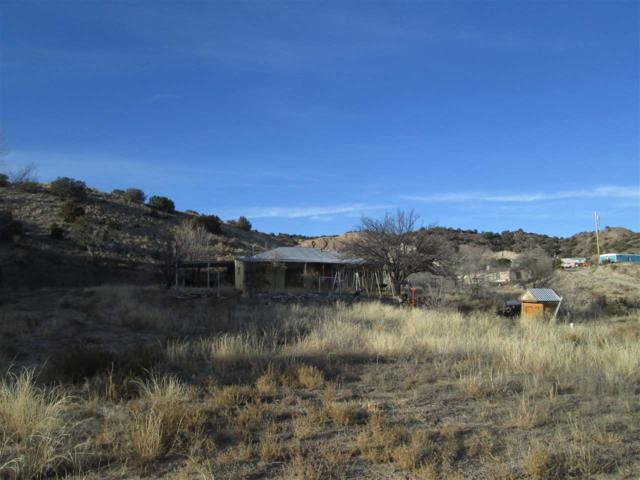 246A W Cr59, La Canova, NM 87582 (MLS #201800167) :: The Desmond Group