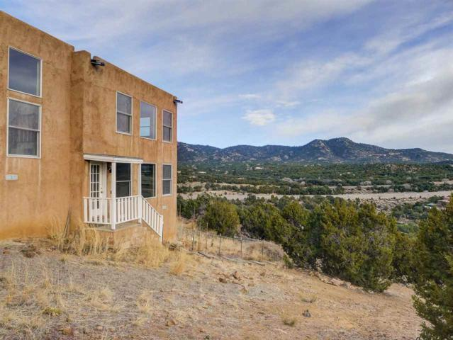 27 Via Del Sol, Santa Fe, NM 87508 (MLS #201800299) :: The Desmond Group