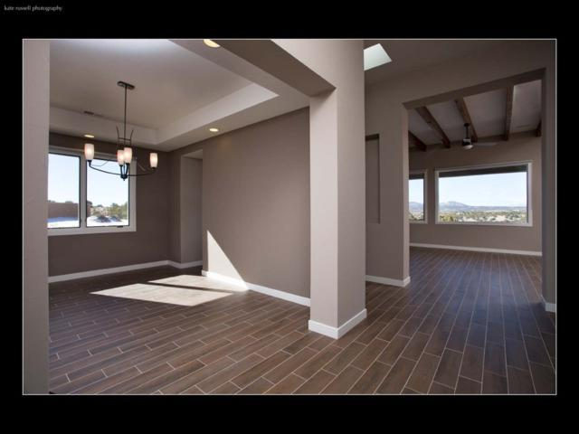 10 Avenida Malaguena, Santa Fe, NM 87506 (MLS #201800681) :: The Very Best of Santa Fe