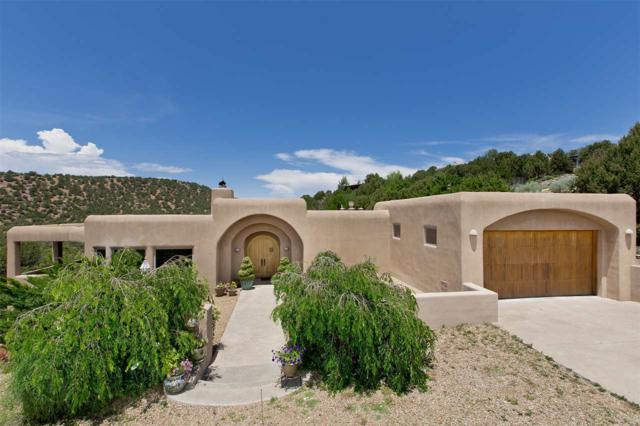 2108 Senda De Daniel, Santa Fe, NM 87501 (MLS #201800691) :: The Very Best of Santa Fe