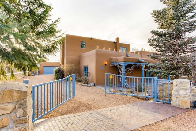 328 Camino Cerrito, Santa Fe, NM 87505 (MLS #201800739) :: The Very Best of Santa Fe