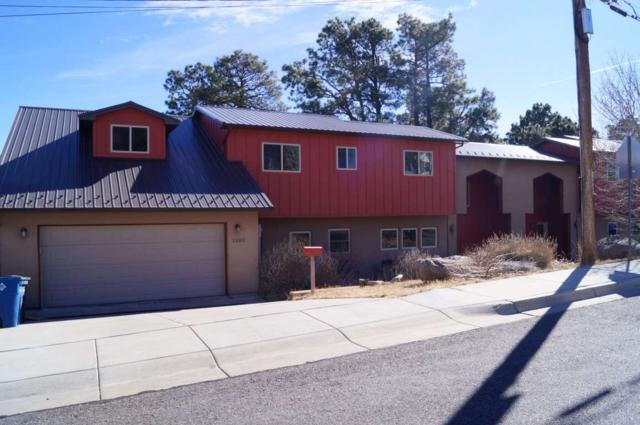 2252 47TH ST, Los Alamos, NM 87544 (MLS #201800872) :: The Desmond Group