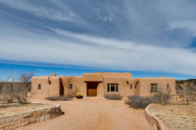 26 Amberwood Loop, Santa Fe, NM 87506 (MLS #201800976) :: The Desmond Group