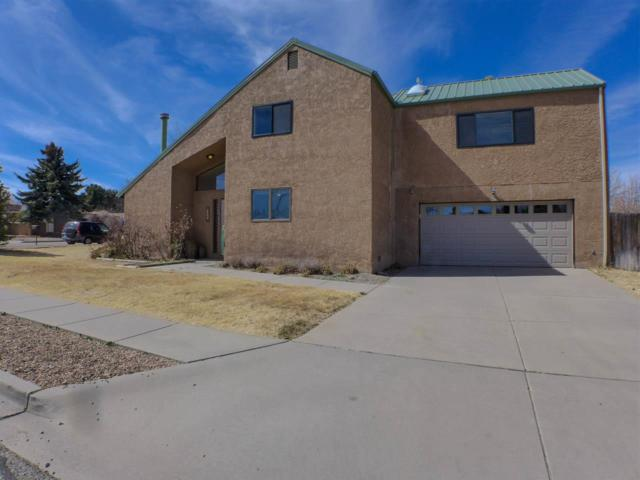 396 Ridgecrest Avenue, Los Alamos, NM 87544 (MLS #201801060) :: The Desmond Group