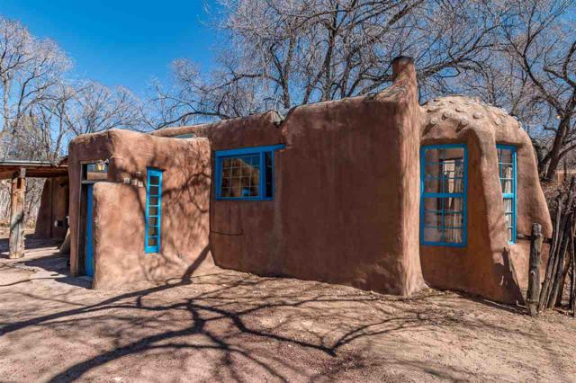 327 Sanchez, Santa Fe, NM 87505 (MLS #201801077) :: The Desmond Group