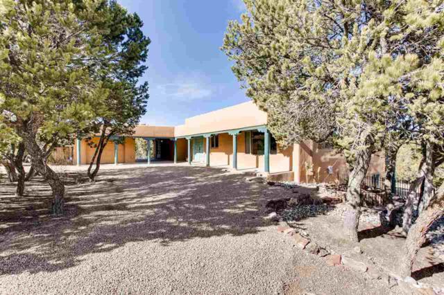 303 Chula Vista, Santa Fe, NM 87501 (MLS #201801094) :: The Desmond Group