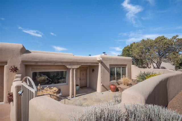 572 Los Nidos Drive, Santa Fe, NM 87501 (MLS #201801265) :: The Desmond Group