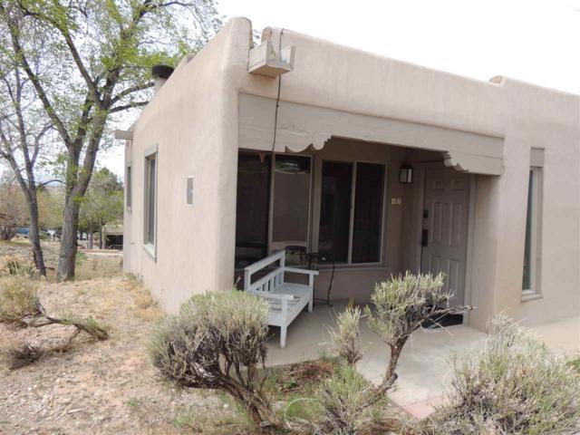320 Artist Rd #69, Santa Fe, NM 87501 (MLS #201801451) :: The Desmond Group