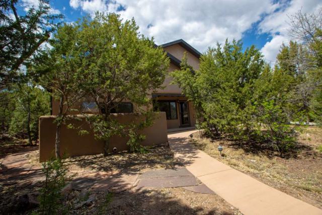 54 Valle Vista Dr, Los Alamos, NM 87544 (MLS #201801672) :: The Desmond Group