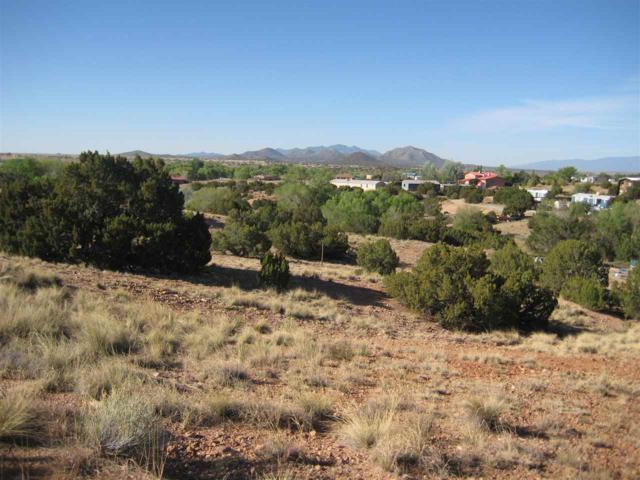 35 Sunset Road, Santa Fe, NM 87507 (MLS #201802014) :: Summit Group Real Estate Professionals