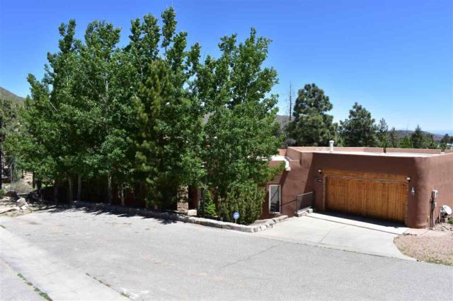 1982 Redbud, Los Alamos, NM 87544 (MLS #201802094) :: The Desmond Group