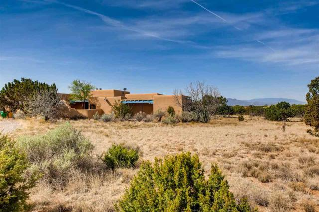 4 Herrada Place, Santa Fe, NM 87508 (MLS #201802133) :: The Desmond Group