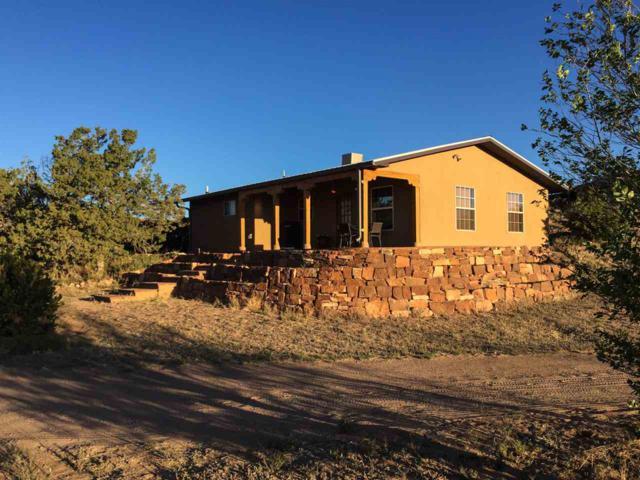 58B Calle Estevan, Santa Fe, NM 87507 (MLS #201802233) :: The Very Best of Santa Fe