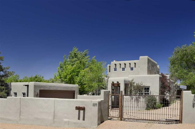 220 A Artist Road, Santa Fe, NM 87501 (MLS #201802257) :: The Very Best of Santa Fe