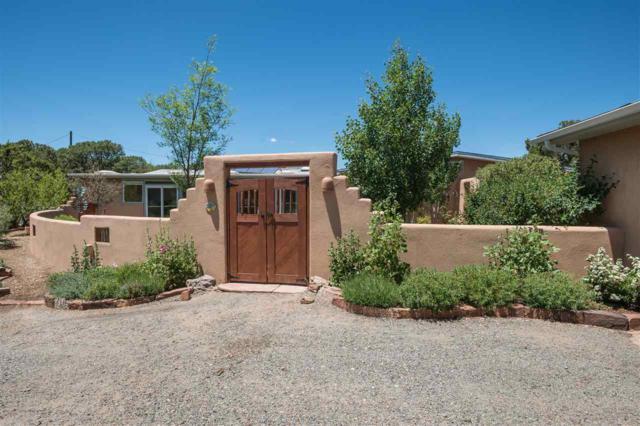 4 Camino Cielo Azul, Santa Fe, NM 87508 (MLS #201802486) :: The Desmond Group