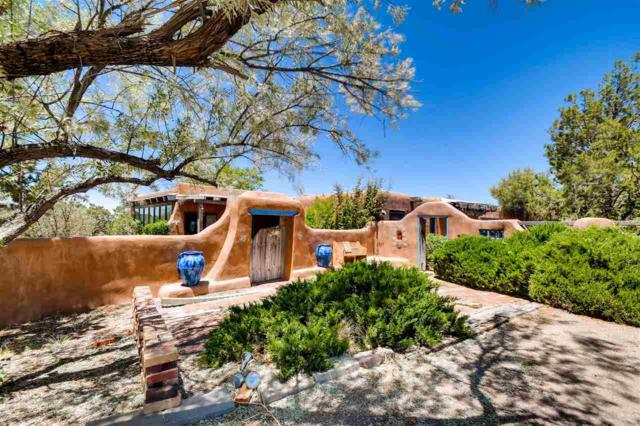 133 Sunlit Drive West, Santa Fe, NM 87508 (MLS #201802526) :: The Desmond Group