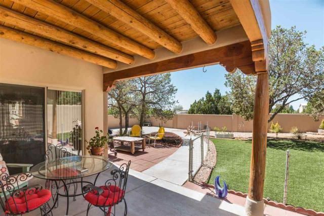 2916 Pueblo Tsankawi, Santa Fe, NM 87507 (MLS #201802778) :: The Desmond Group