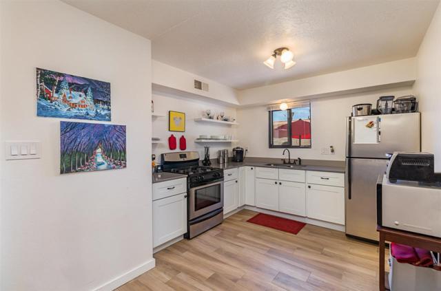 1300 Rufina Lane, Santa Fe, NM 87507 (MLS #201802858) :: The Desmond Group