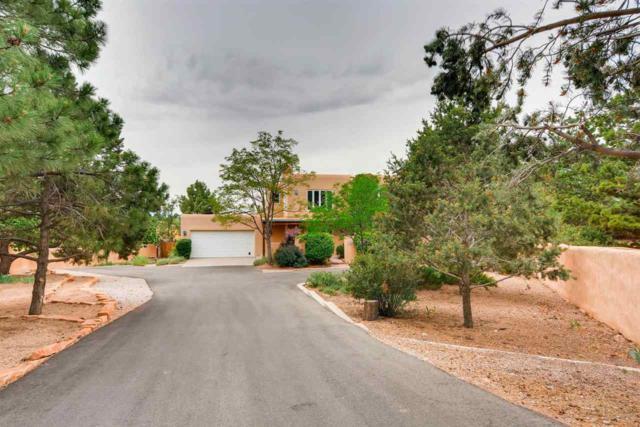 1414 Miracerros Lane South, Santa Fe, NM 87505 (MLS #201803064) :: The Desmond Group