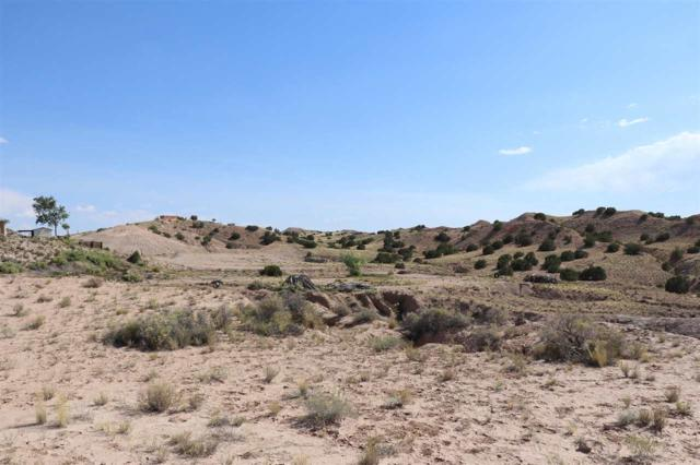 6 Los Amigos, Espanola, NM 87532 (MLS #201803099) :: The Desmond Group
