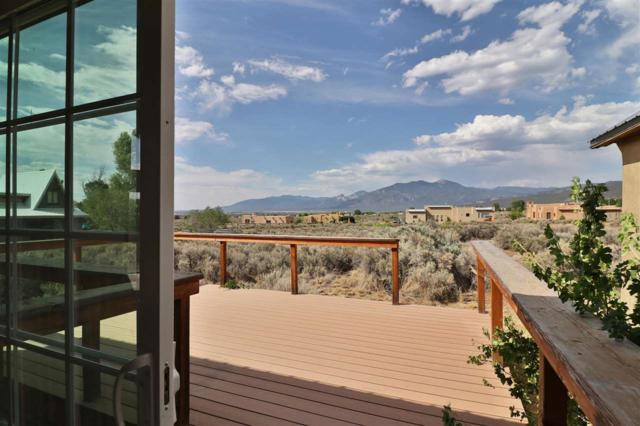 317 Este Es Road, Taos, NM 87571 (MLS #201803108) :: The Desmond Group