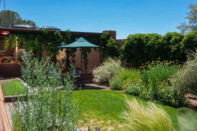 501 Calle De Valdez, Santa Fe, NM 87505 (MLS #201803118) :: The Desmond Group