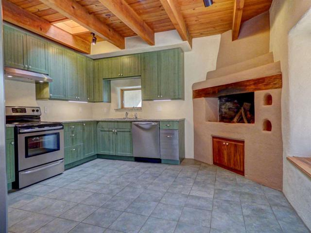 2099 Galisteo St, Santa Fe, NM 87505 (MLS #201803198) :: The Desmond Group