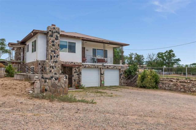 20 County Road 98, Chimayo, NM 87522 (MLS #201803240) :: The Desmond Group