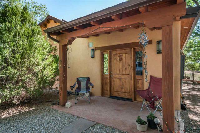 13 Camino Ancon, Santa Fe, NM 87506 (MLS #201803284) :: The Desmond Group