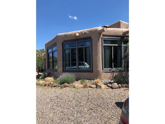 54 Puye Road, Santa Fe, NM 87505 (MLS #201803388) :: The Desmond Group