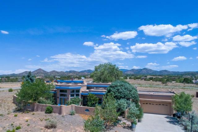 1 Solano Court, Santa Fe, NM 87508 (MLS #201803519) :: The Desmond Group